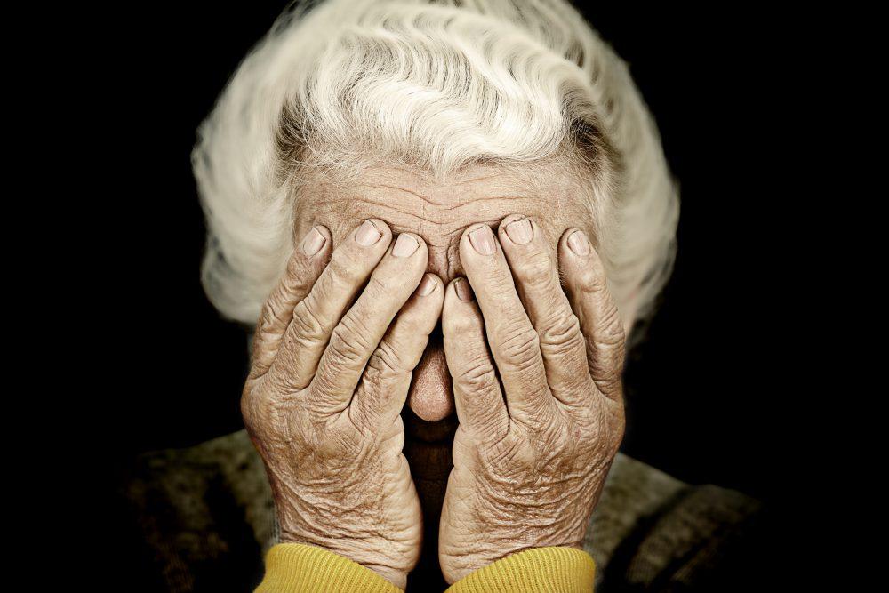 Cosas que se deben hacer antes de morir, 35 Cosas que lamentarás cuando seas viejo