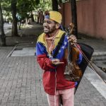El violinista Willy Arteaga