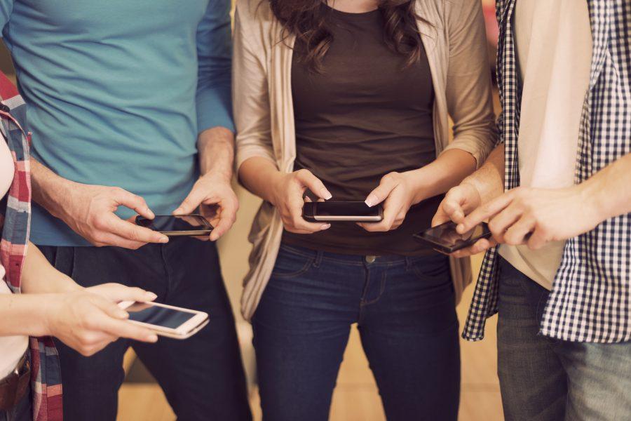 La incomunicación de lo virtual: 3 formas en las que Internet nos aísla