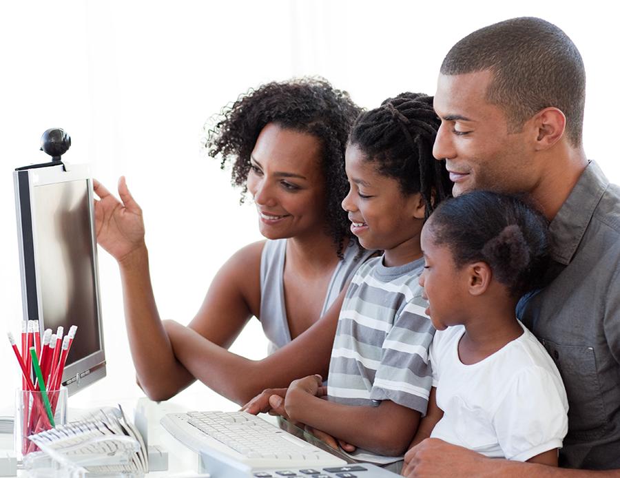 10 astutas acciones para proteger a tus hijos en redes sociales