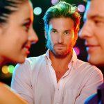 señales-de-que-una-mujer-juega-contigo-o-no-te-quiere-pareja-y-sexualidad-phronesis-arte-de-saber-vivir