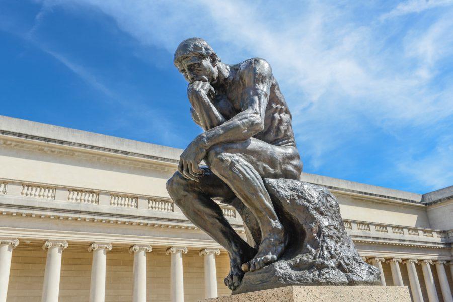 La pausa que refresca, la recapitulación que actualiza y la gratitud que obliga