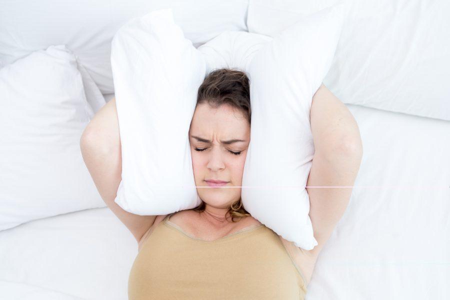 Cómo la falta de sueño afecta tu vida social