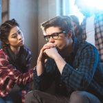 Cómo ayudar a alguien a mejorar su baja autoestima