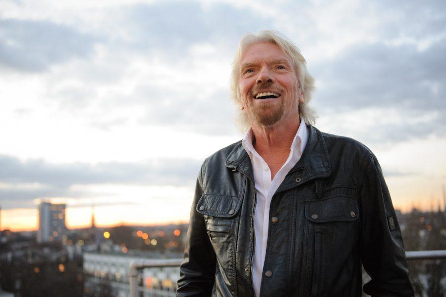 ¿24 horas desconectados? Esta es la iniciativa de Richard Branson, fundador del grupo Virgin