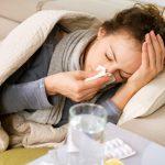 Esta es la mejor forma de cuidarte de un resfriado en casa