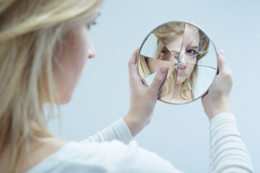 8 frases que pueden destruir tu autoestima y debes omitir