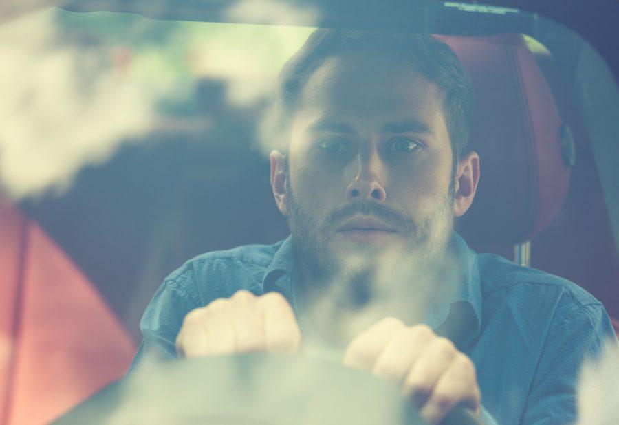 Estrés al conducir: aprenda cómo evitarlo para ser más feliz en la vía