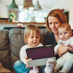 nueva-maternidad-rol-madres-actualidad-familia-crianza-ser-madre-phronesis2a nueva maternidad: el rol de las madres en la actualidad